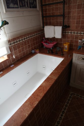 Топ на ванну из мрамора Россо Верона антик